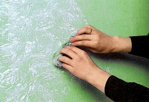 DIY - How To Sponge Paint a Wall